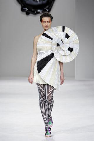 vr-spiral-dress