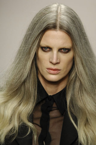 Tove Hermanson: Grey Hair as Fleeting Trend, or Social Statment?